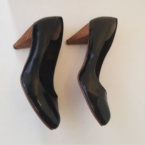 5/$25 H&M wooden heels black patent leather heel